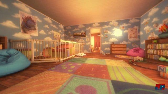 Bei Tageslicht ist das Haus ein beschauliches Zuhause...