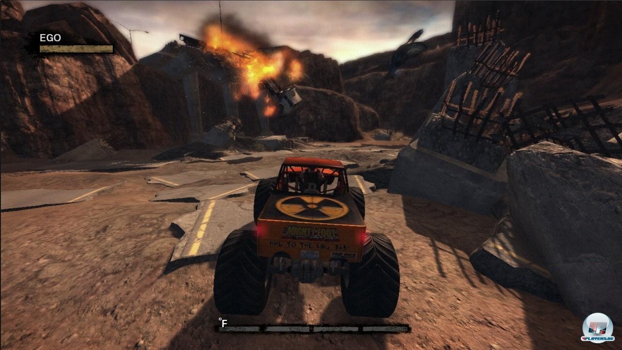 Duke steigt in seinem neuen Abenteuer auch mal in seinen Monster Truck, um mit den Aliens aufzuräumen.